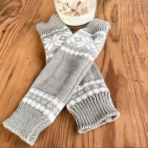 ✨KNIT ARM WARMERS WITH WINTER MOTIF✨